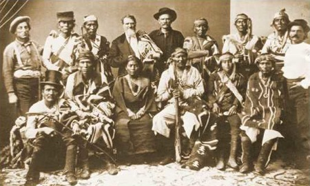 life of the navajo indian tribe People of the legends indigenous people of north america - navajo culture and customs - ceremonies and festivals there are more than 50 navajo ceremonies.
